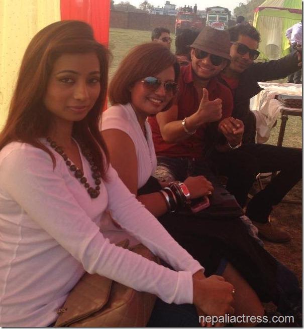 binita with singers