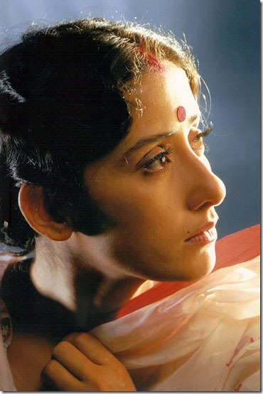 manisha koirala saree