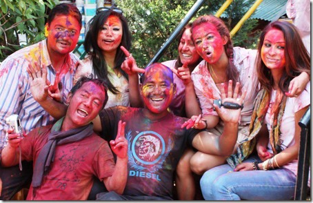 anu-shah-stays quite on holi celebration