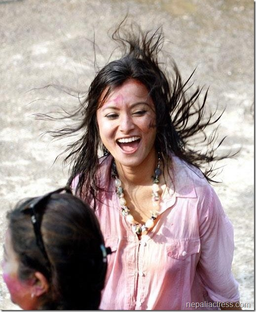 namrata shrestha in holi