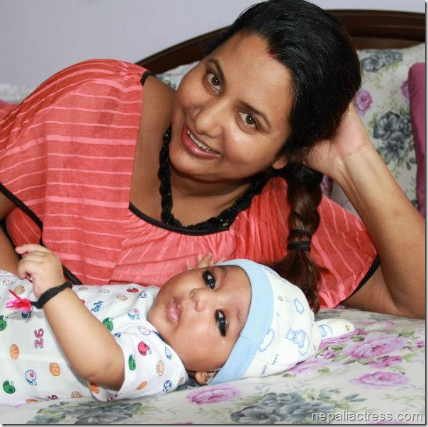 richa with her son
