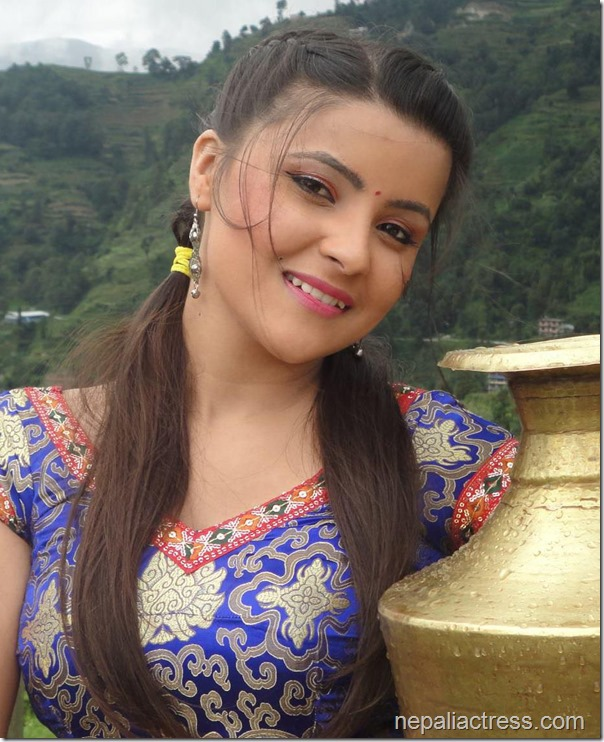 Namrata Shrestha Ko Puti In Love