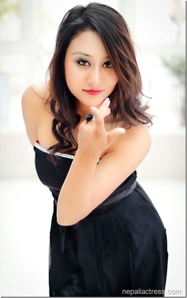 ashishma nakarmi hot