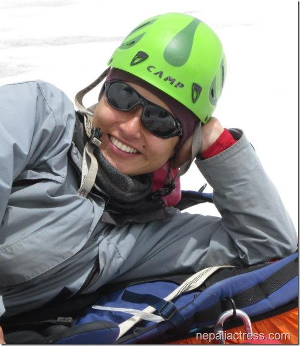 nisha smiles on snow