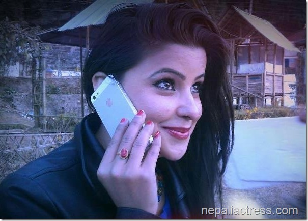 sushma adhikari talks in iphone