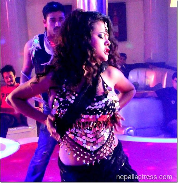 Sushma karki nepathya item dance