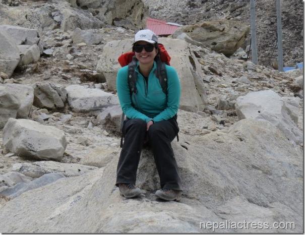 nisha adhikari climbing everest