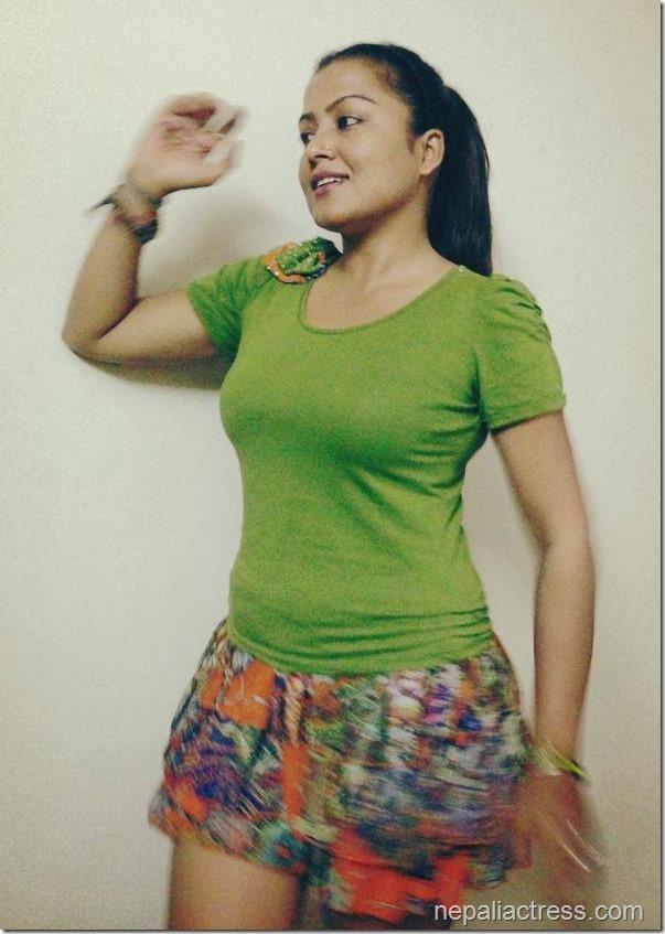 rekha thapa short skirt