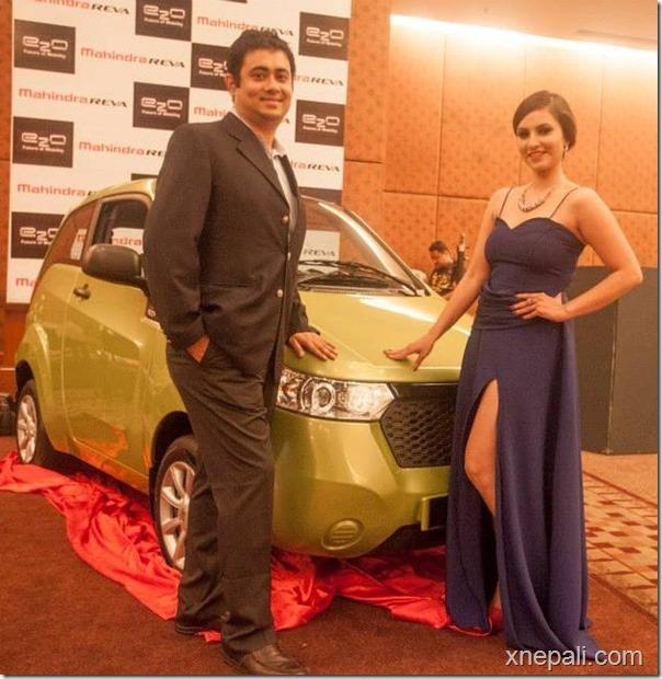 nisha-shows-off-e20-car