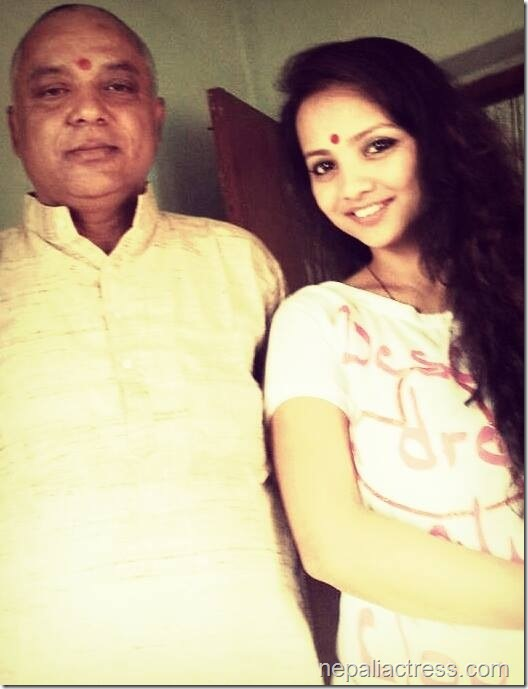 namrata Sapkota with father
