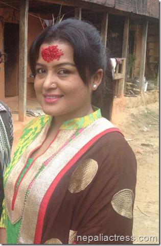 Rekha thapa _meri Bassai