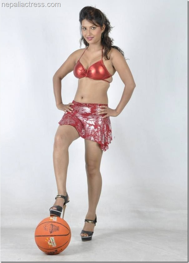 sumina ghimire star photo shot ball