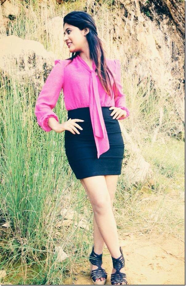 keki adhikari in miniskirt (3)