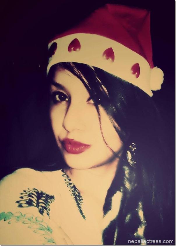 benisha hamal -- santa hat