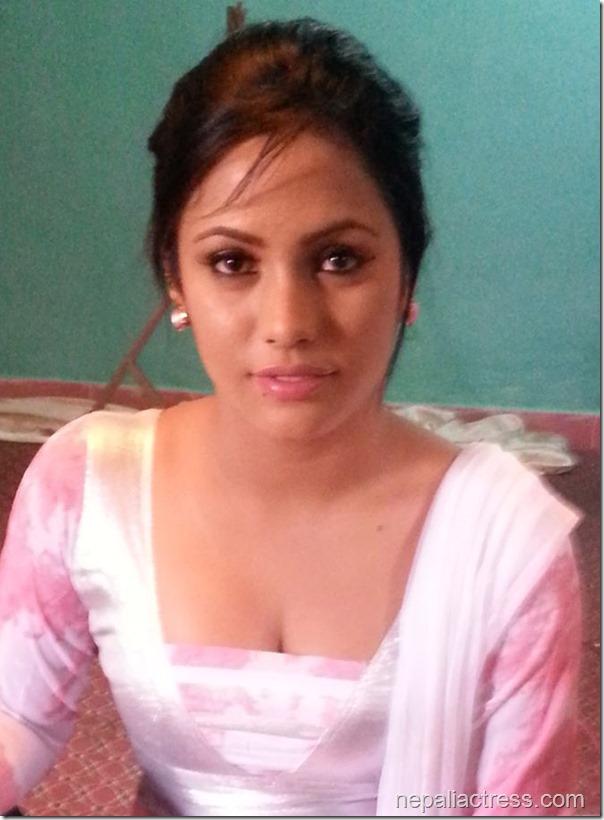 mahima silwal - cleavage