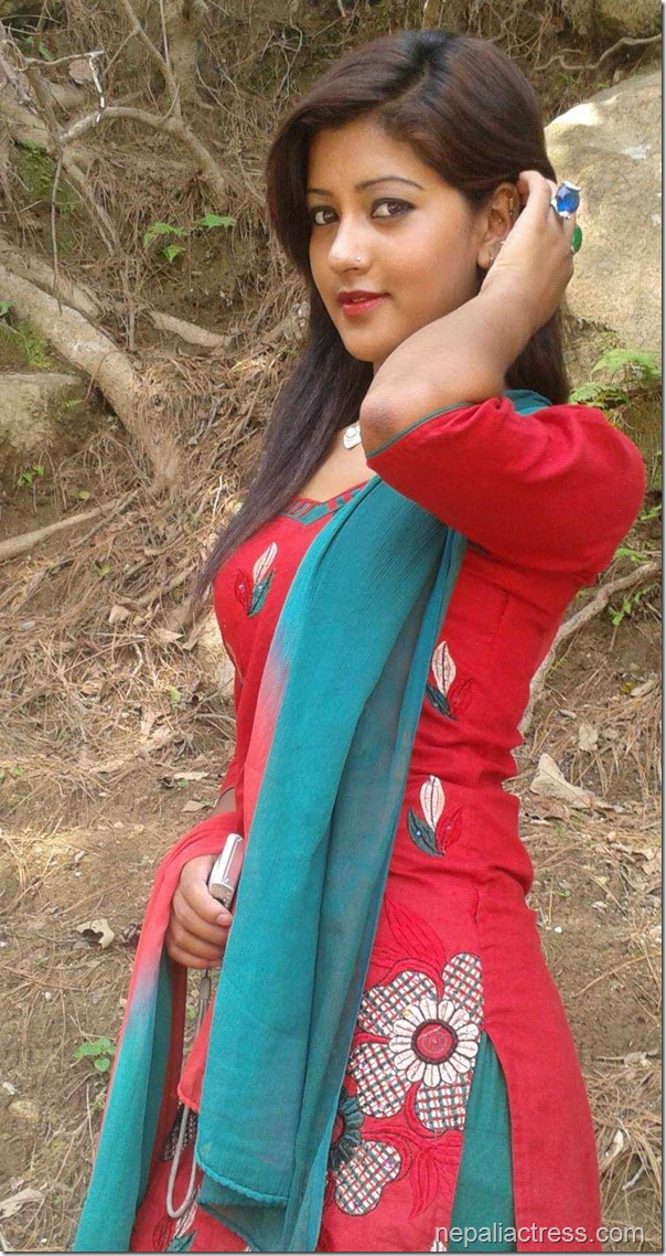 sagun shahi hot photos (4)