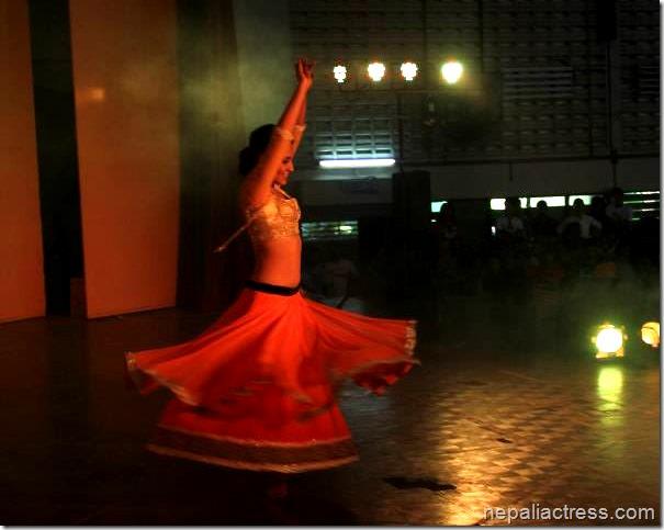 priyanka karki dance in malaysia 3