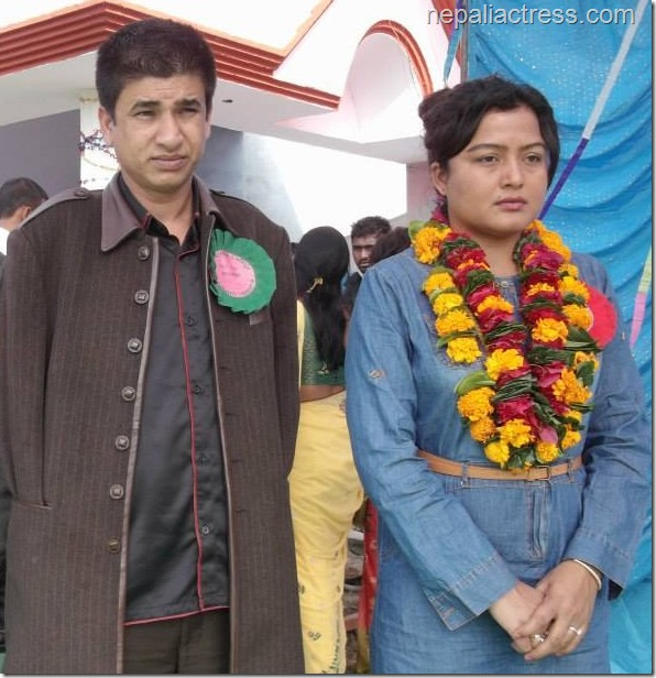 rekha thapa with the new lead actor of Himmatwali