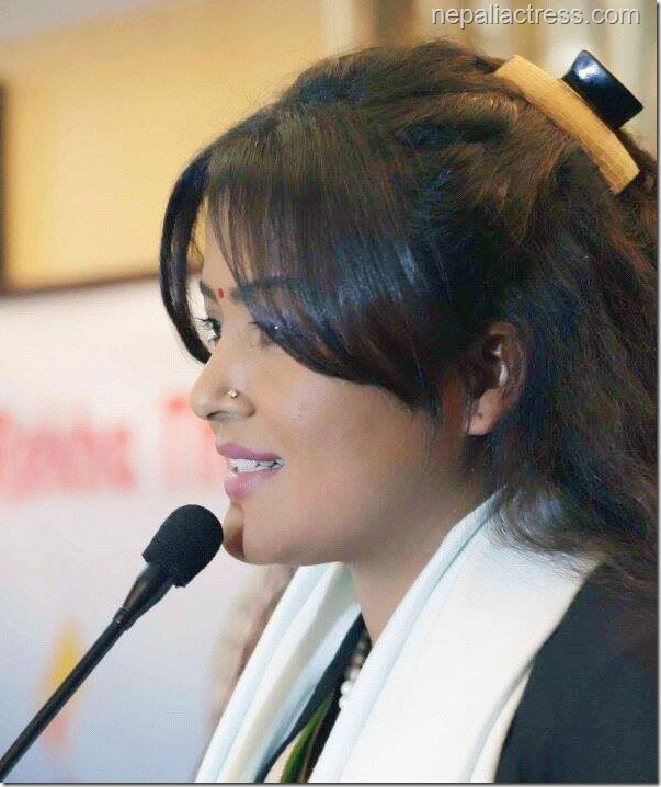 rekha thapa speaking in an event