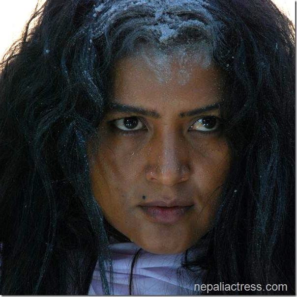 rekha_thapa_in_lanka_movie (14)