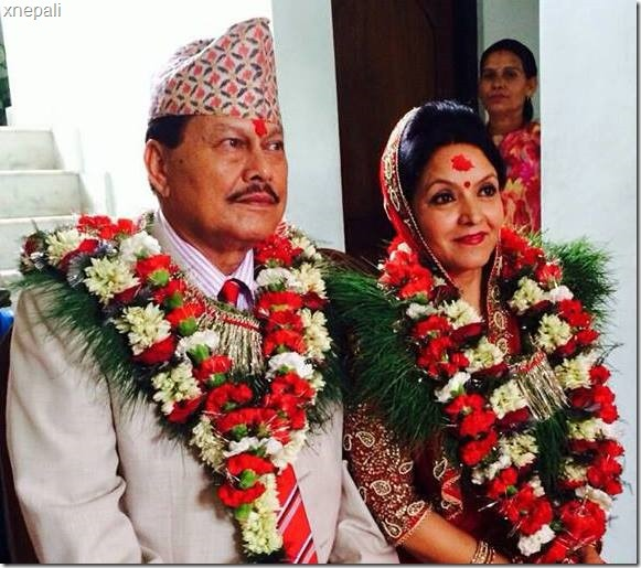 mithila-and-motilal-happily-pose-after-marriage