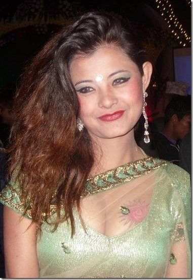 sushma karki saree and tattoo