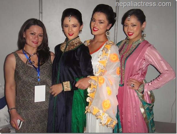 rachana gurung sharma with her daughters