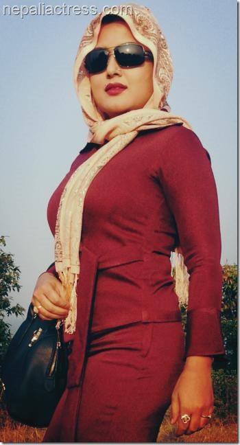 rekha thapa tathstu look (4)