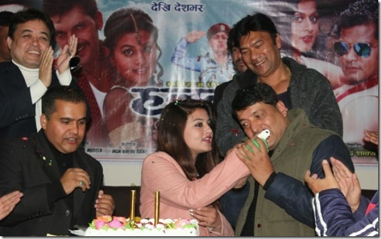shilpa feeds the birthday cake to chhabi raj ojha