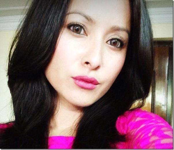 namrata shrestha  selfie