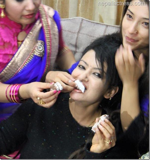 jharana thapa birthday celebration (15)