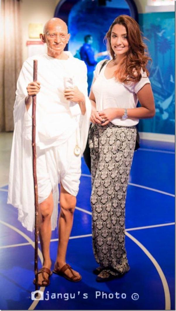 Priyanka Karki in Madame Tussauds Sydney Australia (13)