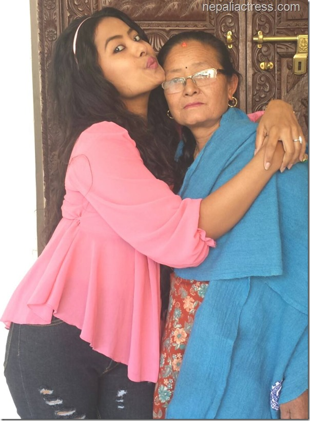 rajani kc with mother before leving to Pokhara for braclet shooting (3)