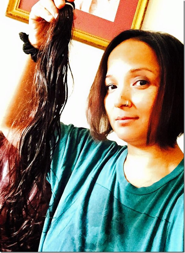 saranga shrestha shows her hair to donate