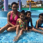 poojana-pradhan-fun-in-water-park5.jpg