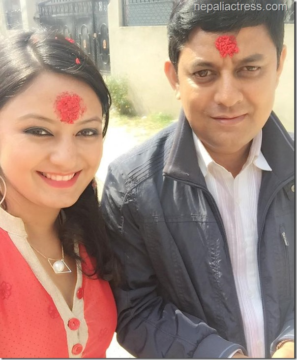 barsha raut with her father in dashain 2015