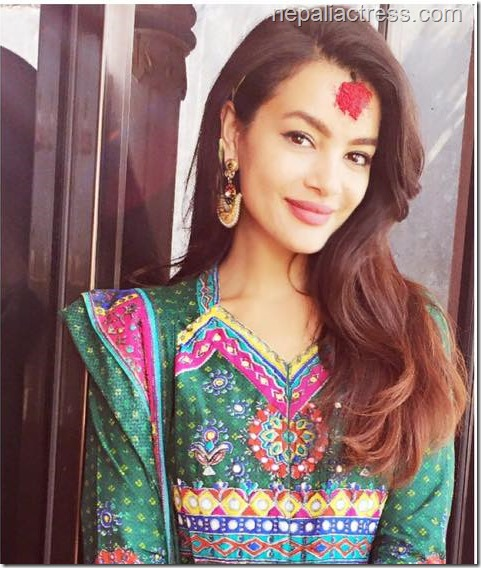 shristi Shrestha dashain 2015