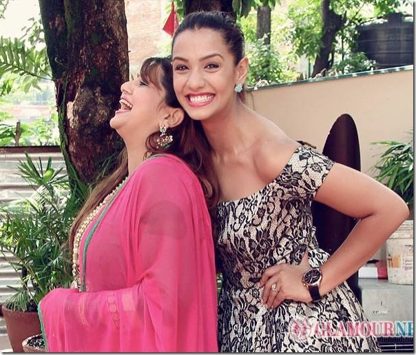 priyanka karki and deepa shree niraula smile