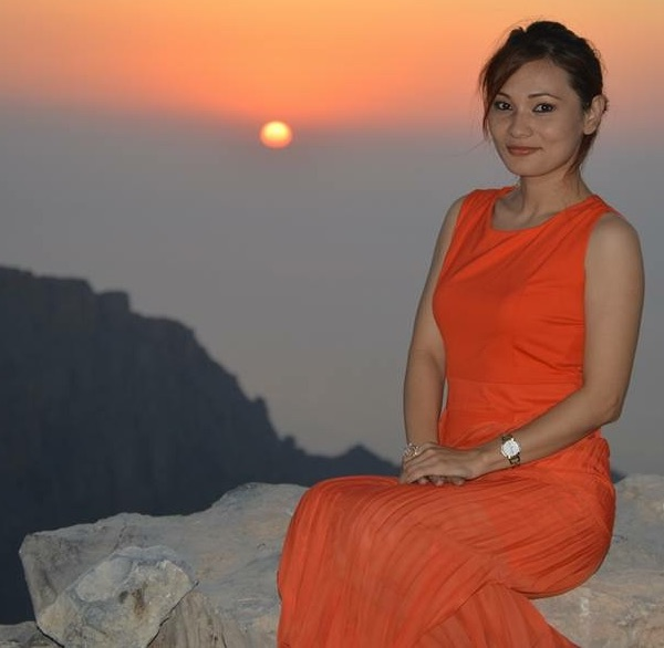 chhulthim-gurung-sunset-pose